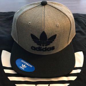 NWT adidas Trefoil SnapBack hat